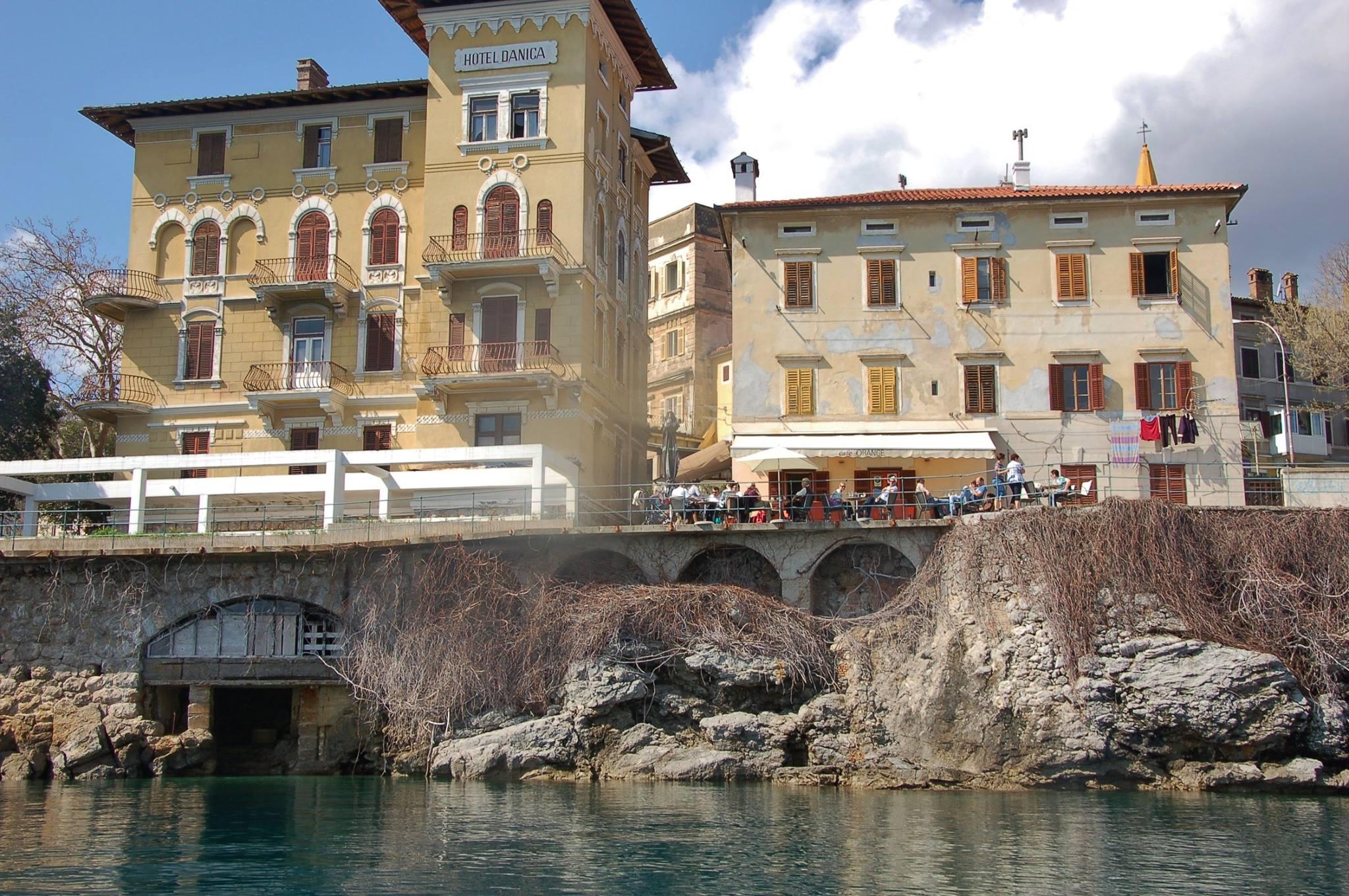 Lovran, Villa Danica (Arch. Attilio Maguolo 1909) Fonte: croatianheritage.wixsite.com
